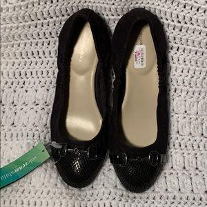 Simply Vera Wang Wedge Heel Shoes. NWOB